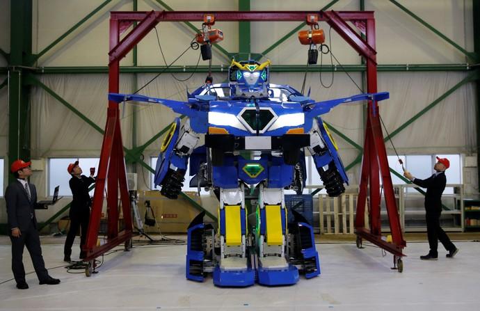 Keren! J-deite Ride, Mobil Robot Masa Depan