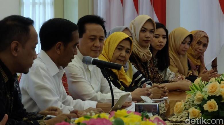 Jokowi Yakin Industri Fashion Muslim Indonesia Mendunia