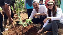 Berdayakan Perempuan Tani HKTI dengan Tanam Bibit Pohon