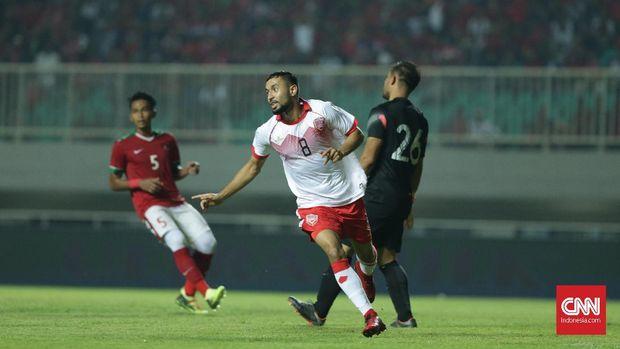 Bahrain berhasil mencetak gol cepat di menit kelima lewat Mohamed Marhoon.