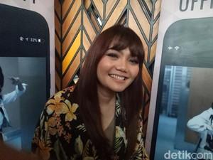 Ingin Lebih Dekat dengan Fans, Rina Nose Luncurkan Aplikasi Khusus