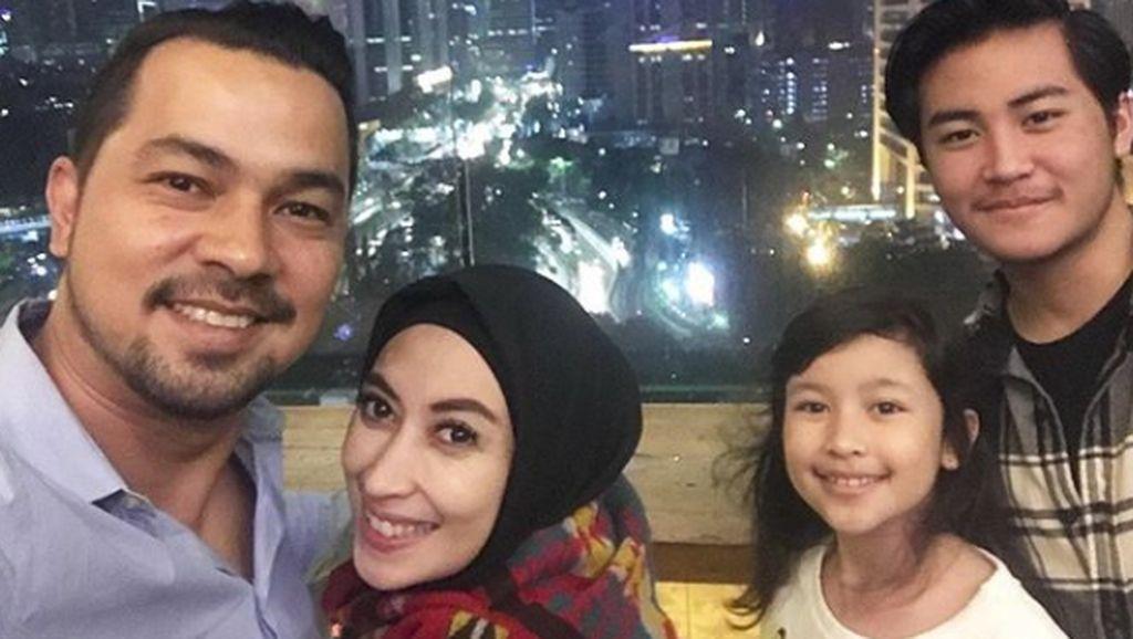 Potret Keluarga Sultan Djorghi yang Kompak dan Seru
