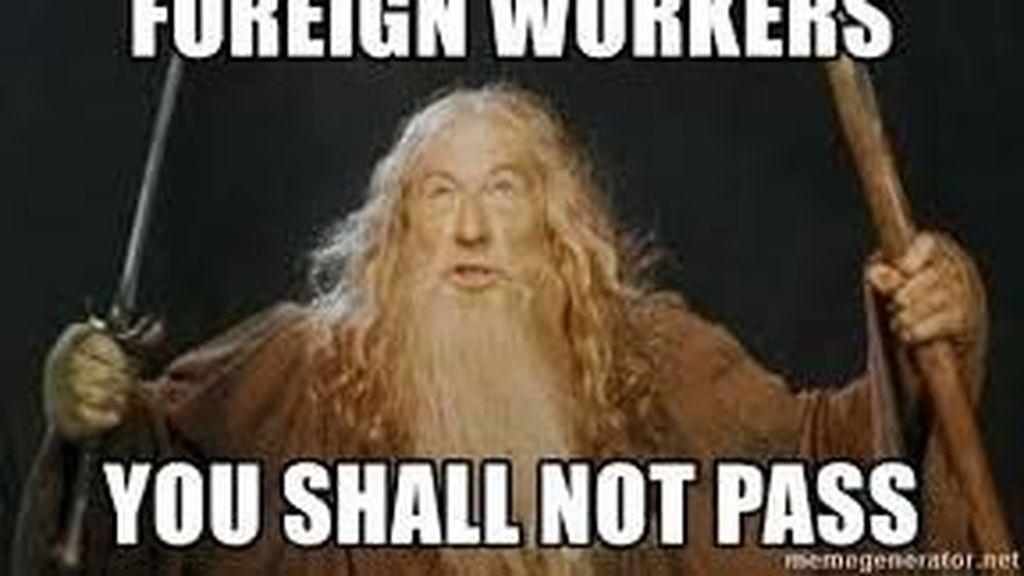 Deretan Meme Lucu Soal Serbuan Pekerja Asing