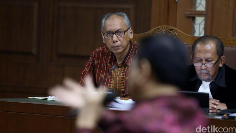 Bimanesh: Kecelakaan Novanto Rekayasa, Lukanya Aneh