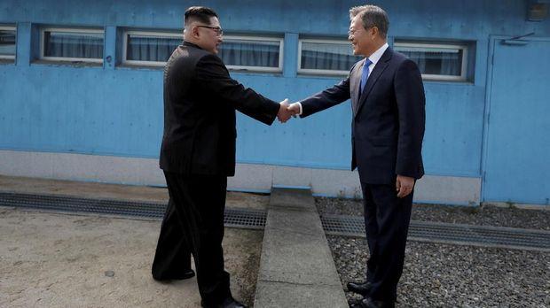 Hubungan Korea Utara dan Korea Selatan sempat membaik lewat pertemuan Kim dan Moon.