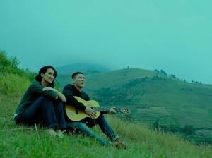 Atiqah Hasiholan dan Ganindra Bimo Adu Akting dalam Film Bertema Budaya Batak