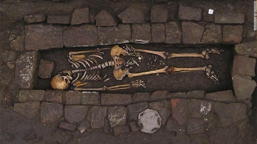 Arkeolog Temukan Bukti Kejadian Beranak Dalam Kubur