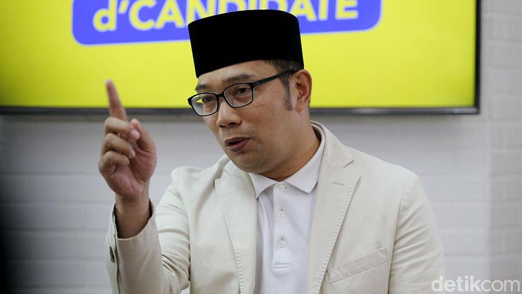 Ridwan Kamil Sayangkan Laga Persija vs Persib Ditunda