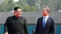Kim Jong-un Surati Moon Jae-in, Hibur Warga Korsel di Tengah Wabah Corona