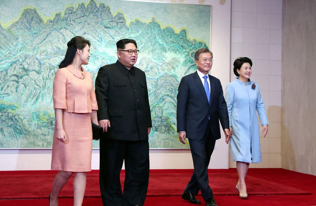 Istri Kim Jong Un, Ri Sol Ju (Korea Summit Press Pool/Pool via Reuters)