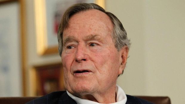 Mantan Presiden AS George HW Bush, 2012.