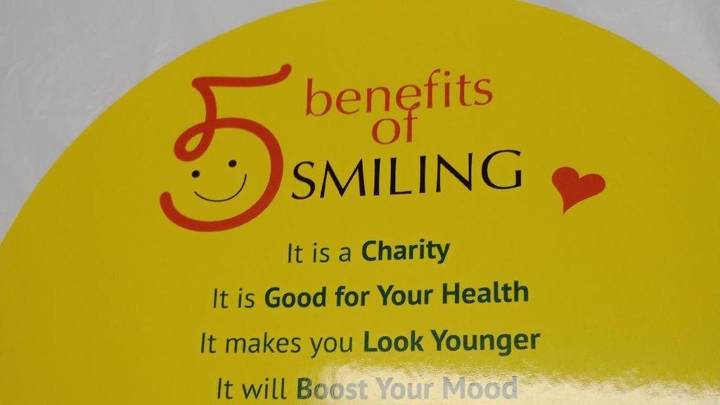 Kaum Muda Muslim Hong Kong Kampanye Smile Charity, Apa Itu?