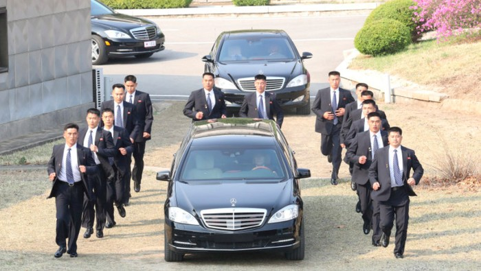 Kim Jong Un sulap Mercedes