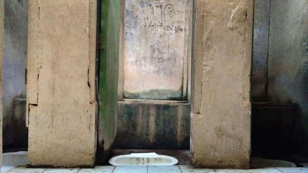 Yuk Kirim Foto WC di Tempat Wisata! Biar Diperbaiki Menparekraf Sandiaga