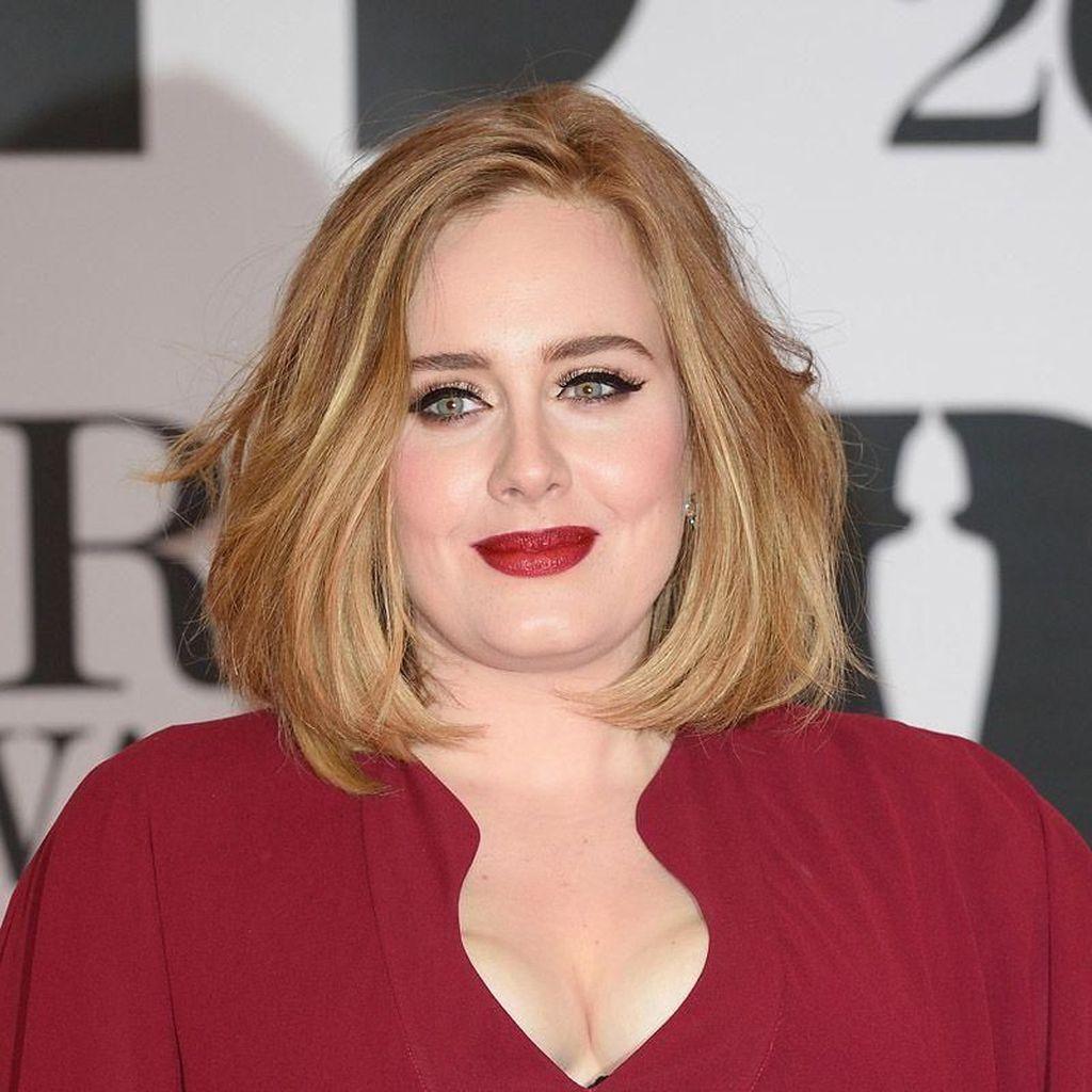 3 Tahun Menikah, Adele dan Suami Cerai