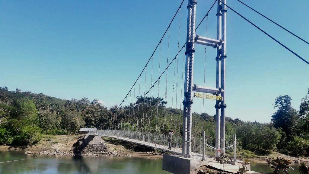 Ini Judesa, Jembatan untuk Desa Terpencil Karya PUPR