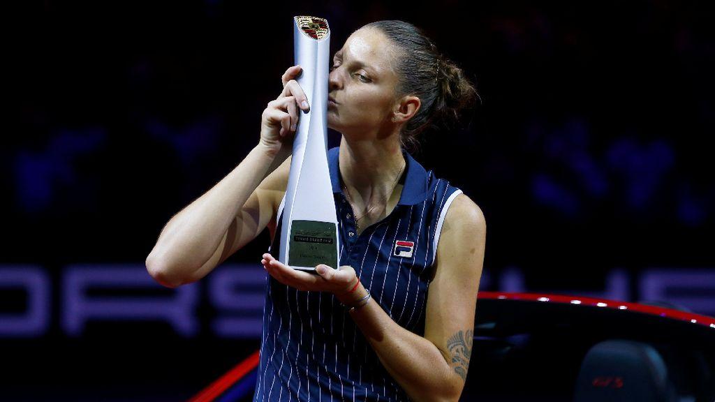 Atasi Vandeweghe, Pliskova Juara