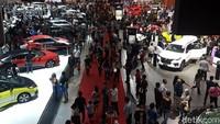 Penjualan Mobil Ngegas Berkat Diskon PPnBM, Jokowi: Industri Otomotif Sudah Bangkit