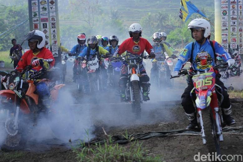 Rider Trail jajal cikao park purwakarta. Foto: Dian Firmansyah