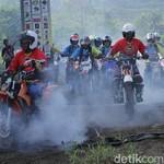 Munggahan ala Rider Trail, Gagahi Hutan dan Sungai Cikao