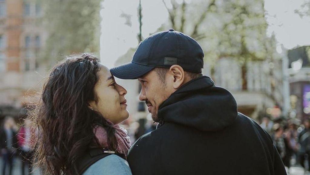Ucapan Bahagia Suami Putri Marino di Kelahiran Anaknya