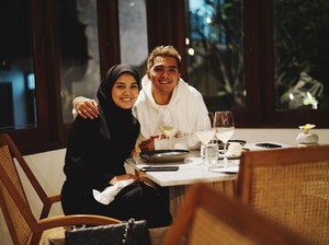 Istri Ricky Harun Sudah Hapus Semua Foto Tanpa Hijab di Instagram
