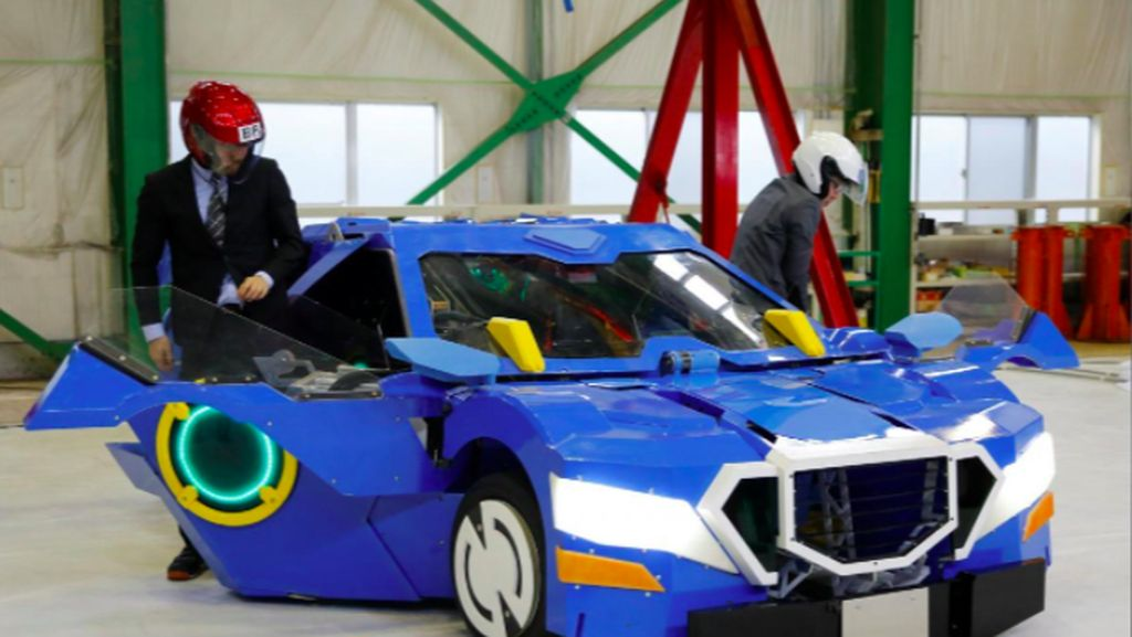 Jepang memang terkenal akan kecanggihannya dalam teknologi, tak ketinggalan dalam pembuatan robot. Foto: J-deite RIDE, Robot Transformers buatan Jepang (Reuters)