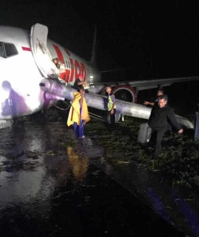 Lion Air yang Tergelincir di Gorontalo Bawa 174 Penumpang