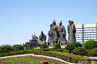 Alun-alun Genghis Khan di Perbatasan China-Mongolia