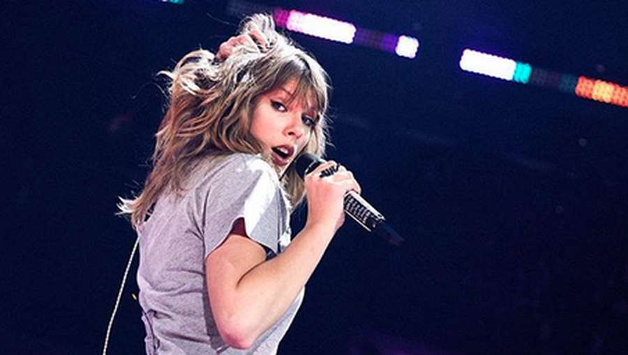 Begini Serunya Taylor Swift Latihan Sebelum Reputation Stadium Tour
