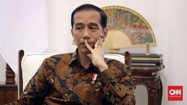 Ngabalin, Si 'Benteng' Istana yang Dapat Permen dari Jokowi