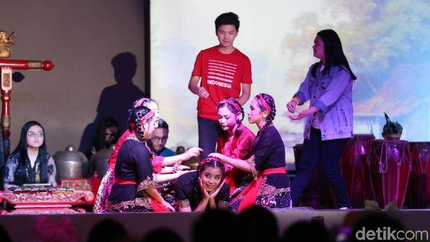 280 Siswa Santa Maria Meriahkan Pentas Seni Budaya Indonesia