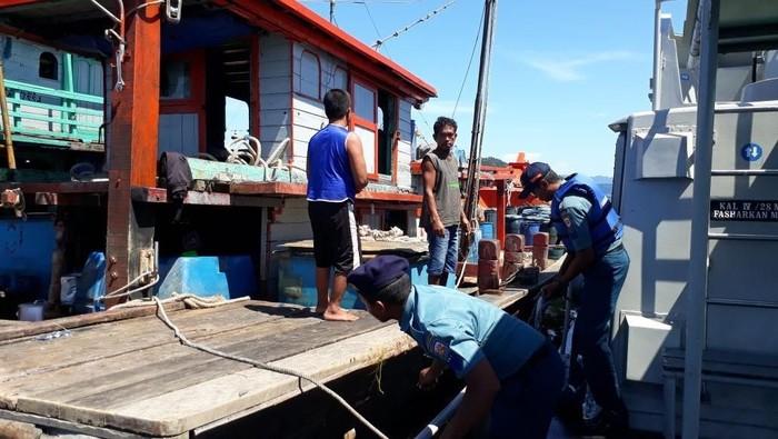 2 kapal perikanan ditangkap di perairan Sibolga (Foto: dok. Istimewa)