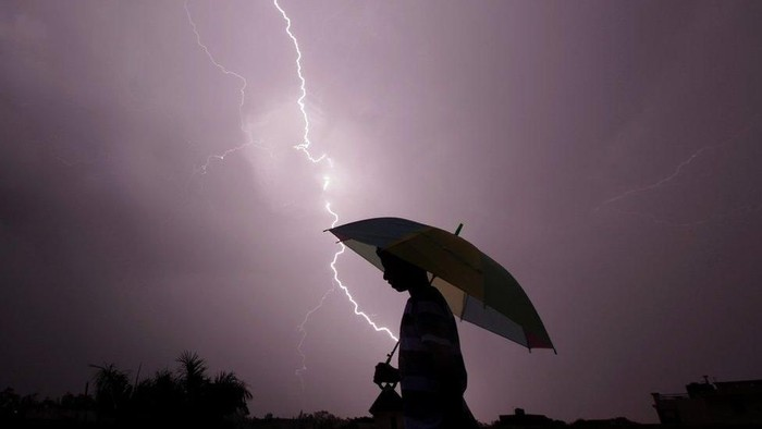 Sambaran petir. Foto: BBC World
