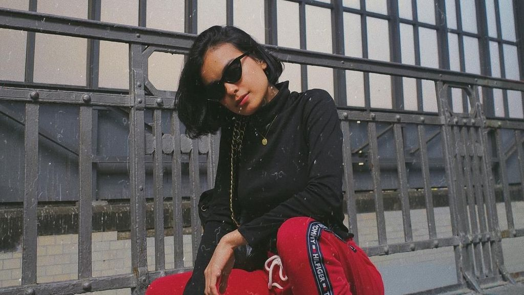 Intip Liburannya Si Cantik Eva Celia di Jerman