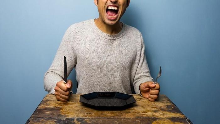 Sering emosi dan marah-marah saat lapar? Kondisi yang dikenal sebagai hangry ini ternyata bisa dijelaskan oleh sains secara ilmiah. Foto: ilustrasi/thinkstock
