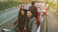Namun tampaknya Syahnaz dan Jeje tetap mesra dan happy. Dok. Instagram/ritchieismail