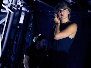 Taylor Swift Damai dengan Katy Perry, Tidak dengan Kim Kardashian