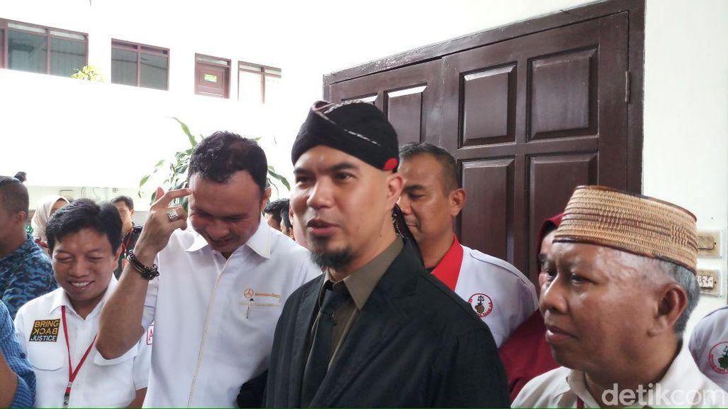 Ahmad Dhani Akan Ikut CFD Pakai Kaos #2019GantiPresiden