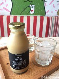Kopium: Uniknya Kopi <i>Creme Brulee</i> dan Ayam Panggang Kopi di Kafe Kekinian Ini