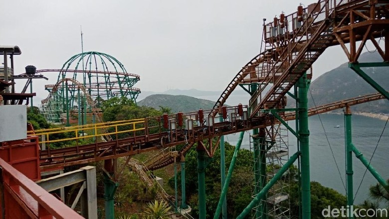 Foto: Wahana Mine Train di Ocean Park, Hong Kong (Kanavino/detikTravel)