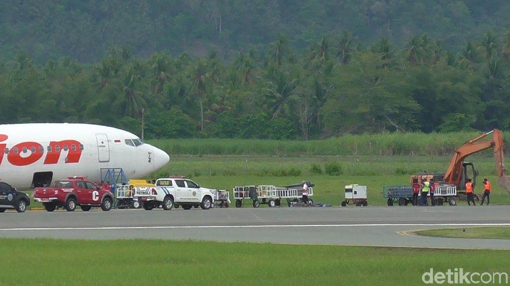 Lion Air yang Tergelincir di Gorontalo Dievakuasi Siang Ini