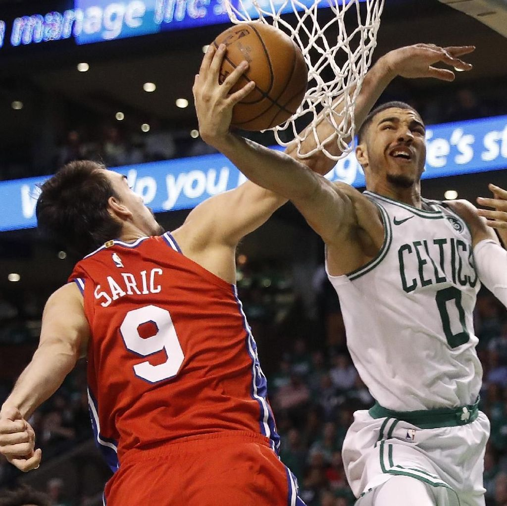 Celtics Rebut Gim Pertama Lawan Sixers