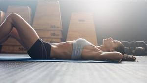 Biar Tak Kembung Kebanyakan Minum, Ini Tips Jaga Hidrasi Saat Olahraga