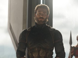 Pakai Alat Ini, Pria Kurus Langsung Punya Dada Berotot Bak Captain America