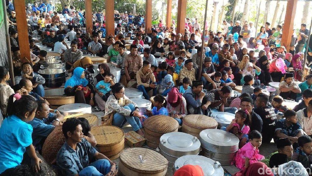 Melihat Ramainya Tradisi Sadranan di Cepogo, Boyolali