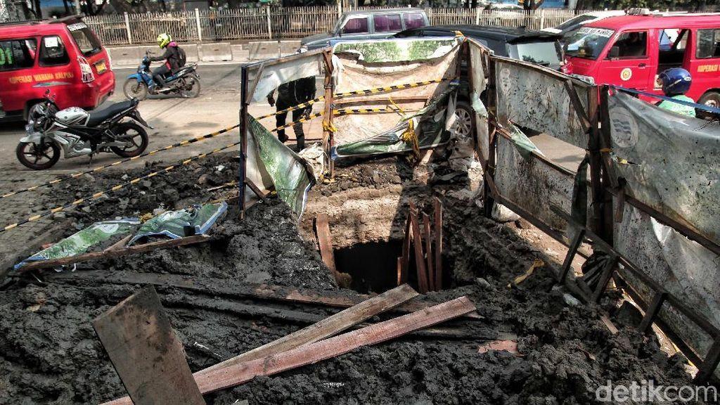 Saksi Ungkap Detik-detik Pak Tarno Tertimbun Gorong-gorong Pluit