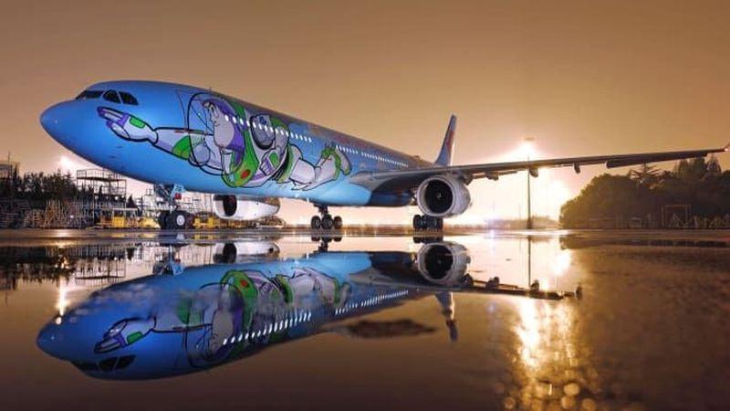 Kini Anda bisa ke udara dengan menaiki pesawat bertema Toy Story (Shanghai Disney Resort/CNN Travel)