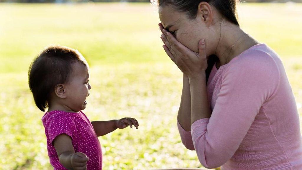 Ketika Bunda Merasa Gagal Jadi Ibu yang Baik