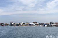 Pulau Isinya Kambing Makan Kertas, Eh Gimana?